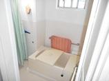 バスルームリフォームすべりにくい床シートで安心!明るくお手入れも楽になったバスルーム